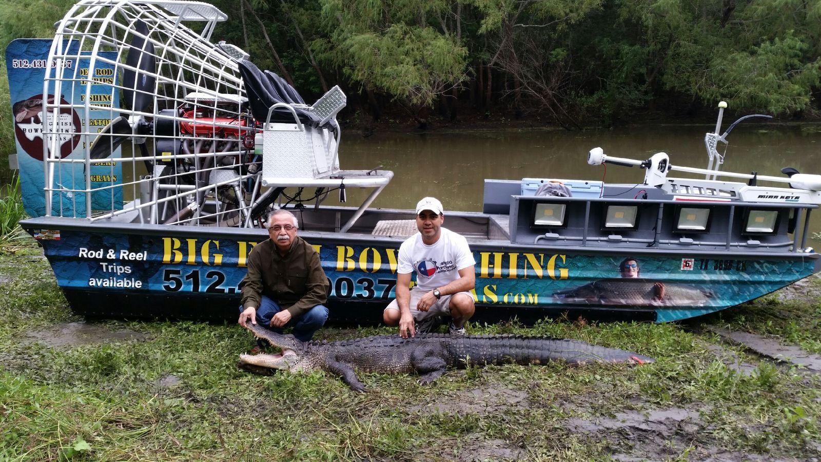 alligator-hunting-Texas