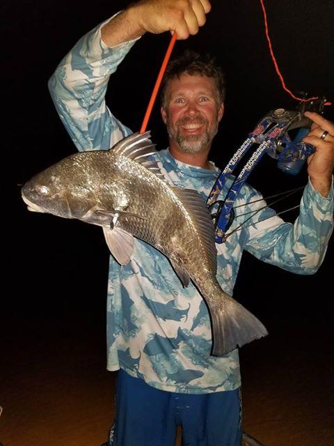 Texas-saltwater-bowfishing (15)