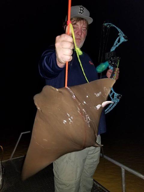 Texas-saltwater-bowfishing (17)