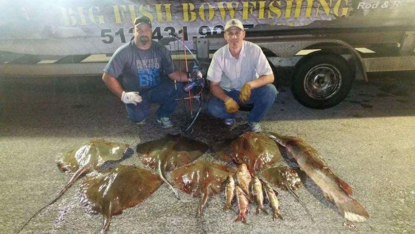 Texas-saltwater-bowfishing (5)
